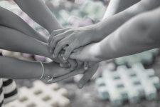 hands-2847508cmyk-Hände